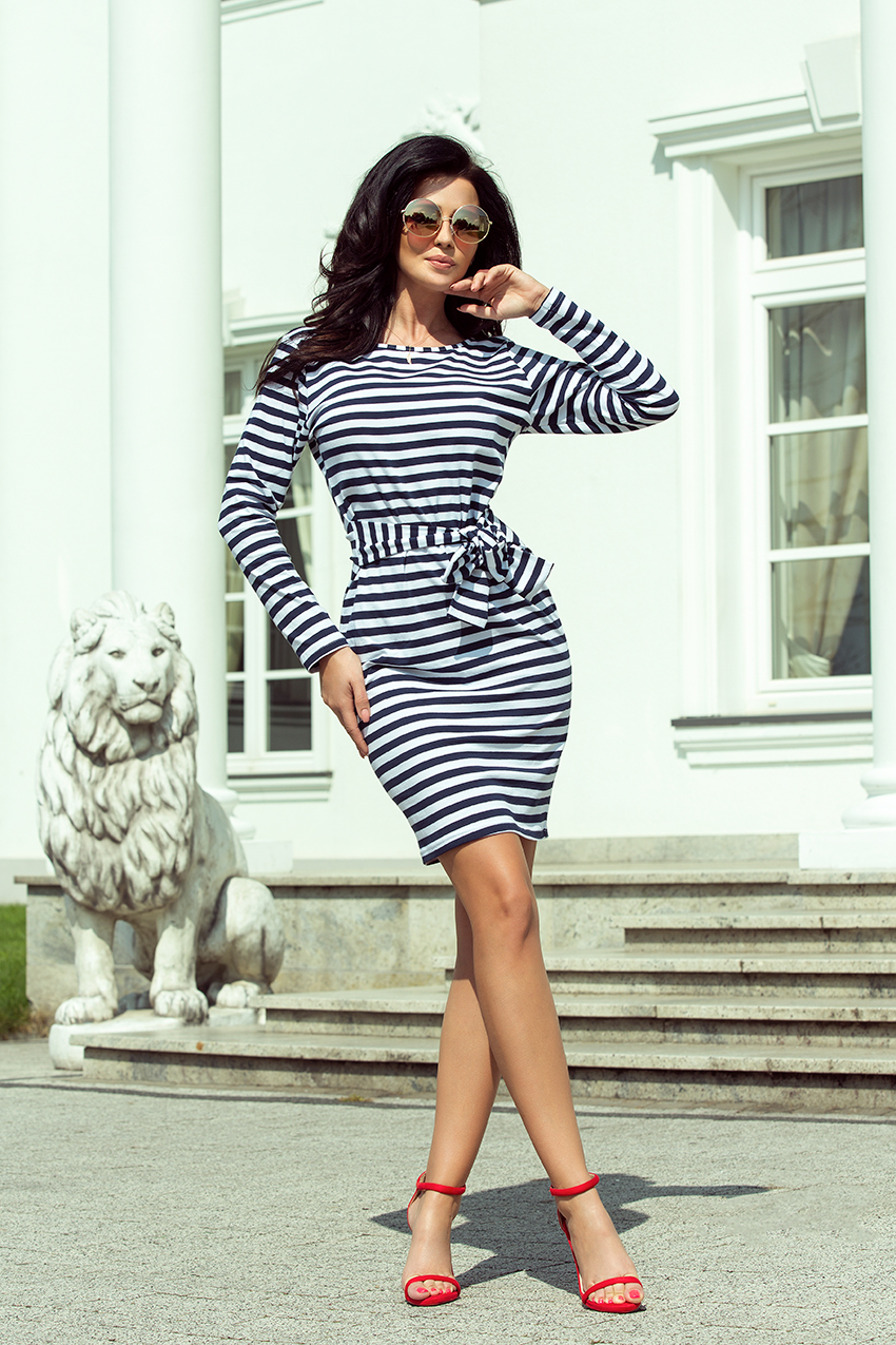 Popis vybraného produktu  Dámské pruhované šaty 70695c35ae